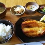釜炊近江米 銀俵 - しまほっけ定食