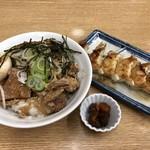 麺屋 白神 - 白神丼 博多餃子