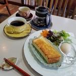 カフェ クラシカル - 料理写真:「ブレンドコーヒー (500円)」+「おまかせちょっとずつスペシャル (+300円)」