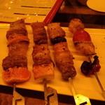 炉バルLO - 3種豚の串焼き