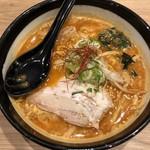 麺や虎鉄 - 辛味噌ラーメン スープ旨し