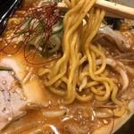 麺や虎鉄 - 札幌麺でオーダーするも、The旭川麺(笑)