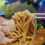 横浜家系ラーメン 太田商店 - 麺