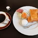 ブルーマウンテン - 料理写真:モーニング(全体)