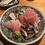 はてるま - 料理写真:刺身、島タコが一番うまし