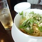 ミサキ イタリアーノ ボッカ - ジンジャエールと海老と水菜入りペペロンチーノ