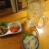 やたい亭 - 料理写真:お通しとクラゲポン酢