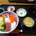99540241 - 海鮮丼セット1500円