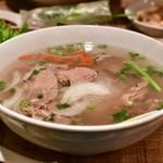 ベトナムちゃん - 【牛肉しゃぶしゃぶフォーセット@税込1,000円】牛肉のフォー:全景