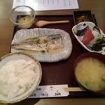 99553659 - サバの味噌煮とお刺身ランチ