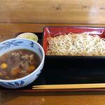 そば処 大和 - 料理写真:鶏もつせいろ(800円)