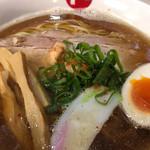 ラーメン モリン - 煮干しの醤油ラーメン 680円