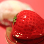 伊豆いちごファクトリー - ババロワいちご。苺ショートケーキ大福。