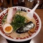 屯ちん - 東京豚骨ラーメン大盛り680円