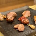 shinchuugokuryourikouryuu - ロースト料理の盛り合わせ