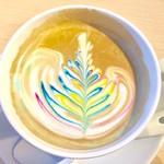 ブルーラインガレージカフェ 18 - ドリンク写真:カフェラテ(アートが美しい)550円