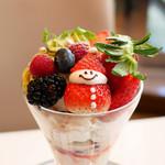 銀座千疋屋 - クリスマスパフェ