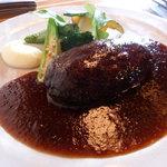 9956094 - 南信州ビーフのハンバーグ、ソースにも野菜の味が生きてます