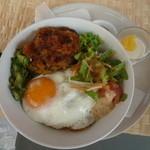 Kapua - 料理写真:雑穀ハンバーグのロコモコ