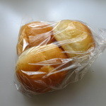 ケーキアンドブレッド プー - バターロール