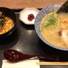 鶏五味 - 料理写真:濃厚鶏白湯そばと親子丼セット 1,250円