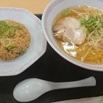 南国サービスエリア(上り線) - 料理写真:塩ラーメン+炒飯セット