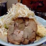 麺家 くさび - サブロー(野菜マシマシ、ニンニク普通。アブラふつう、味の濃さカラメ)(201812)