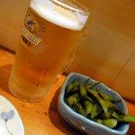 いわし亭 - まずは生ビールと枝豆