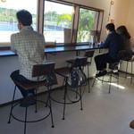 くるまえびキッチンTAMAYA - 店内カウンター席