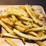 レザートランプキッチン - フライドポテト