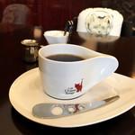 カフェ・シャトンルージュ - ハンドドリップコーヒー ライト(税込480円)