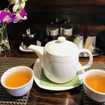 99587082 - 中国茶の種類も多く、お茶が大好きな私にはポイントアップ♡淹れ方もさすが、お上手です( ^ω^ )