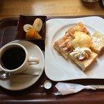 パイン - ハニートーストモーニング 600円