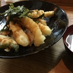 谷町 一味禅 - 海老とり天丼(¥900)