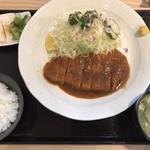 とんかつ豊後 - 料理写真:とんかつ定食(お昼のみ850円税抜)