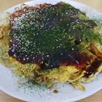 お好み焼 八兵衛 - 料理写真:肉・玉子・そば入り