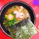 99608120 - ラーメン700円 麺少なめ 味付け卵サービス
