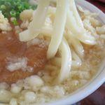 ほくほく庵 - きつねたぬきうどんの麺