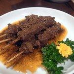 唐朝刀削麺 - 串焼きラムのズーラン炒め
