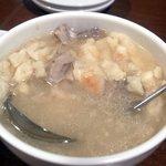 唐朝刀削麺 - 羊肉泡莫(ヤンルーポーモー)
