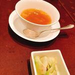 寒山拾得 - ランチコース   スープとザーサイ
