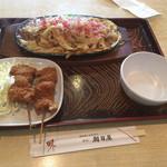 朝日屋 - 焼き太きしめん+串カツ