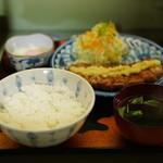 鉢の木 - 生姜焼き定食