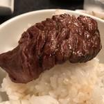 肉匠迎賓館 - 特選熟成ハラミ オンザライスするよね?