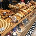 パン&コーヒー サンチノ - 陳列2