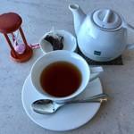 テラスラウンジ - 紅茶