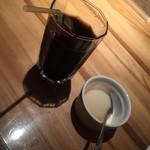 听 - アイスコーヒーとリンゴシャーベット