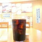 フードコート トウキョウスカイキッチン - アイスコーヒー350円