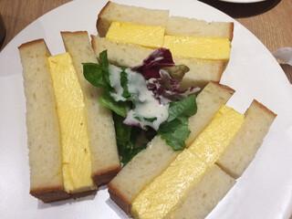 俺のBakery&Cafe グランツリー武蔵小杉 - 厚焼き玉子サンドイッチ