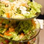 肉ya! - 四季 香り 海鮮サラダ
